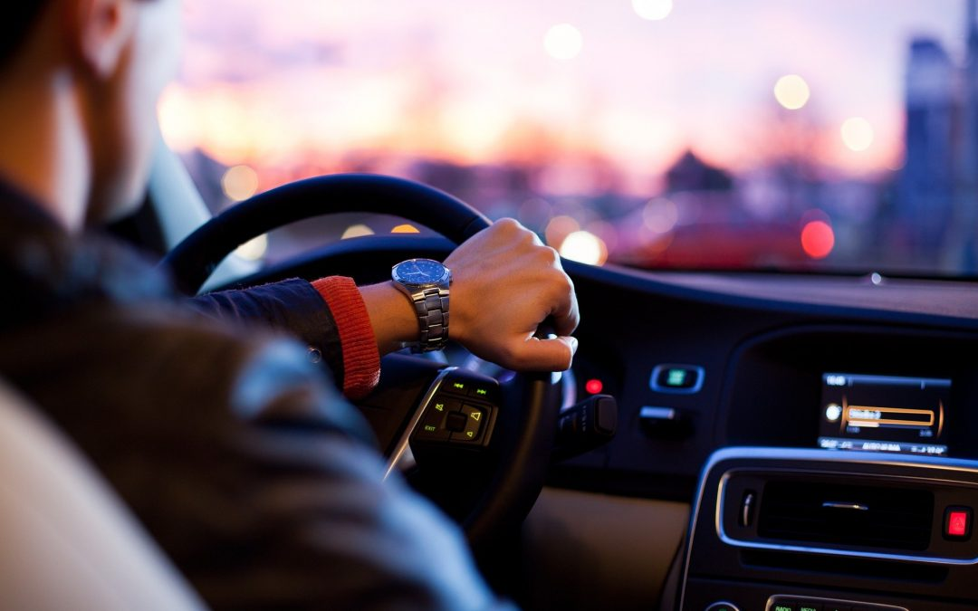 How to Become a Driving Expert